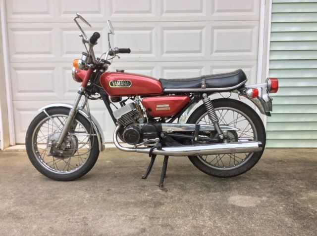 1972 Yamaha CS5 200cc 2 stroke motorcycle