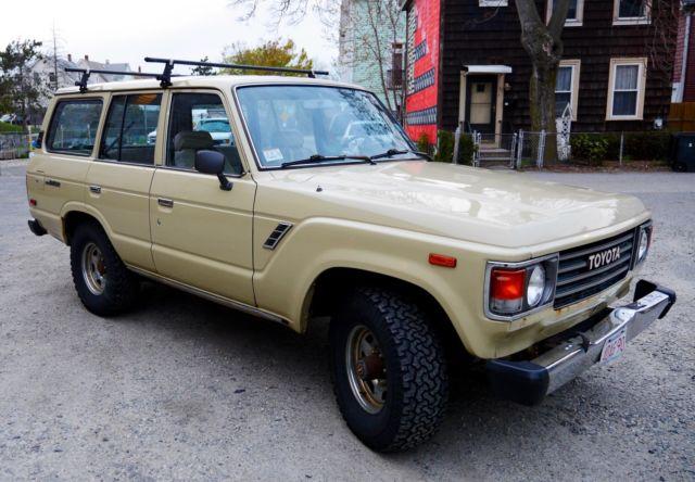 1987 Toyota Landcruiser FJ60 Desert Tan *350 Chevrolet Small Block ~22k miles*