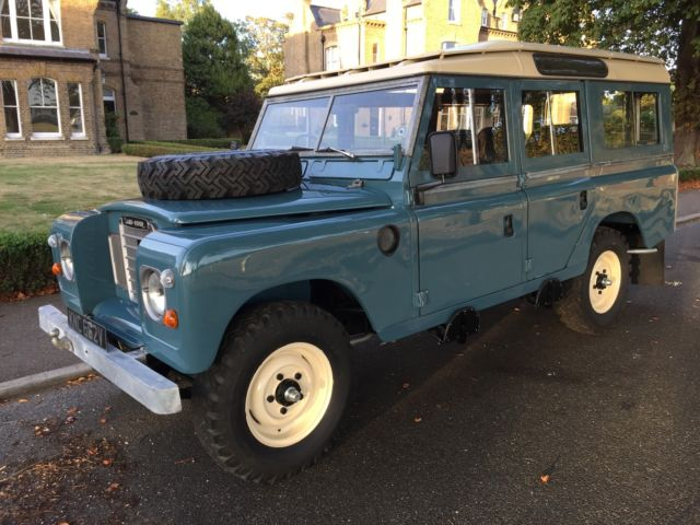 "Land Rover Series 109"" Station Wagon 2.3 4 CYL petrol"
