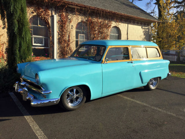 1953 FORD 2dr STATION WAGON   NICELY DONE DRIVER QUALITY WAGON