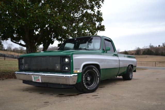 1986 Chevrolet C10 Auto Fresh Build Low Miles  AC and Heat No Reserve
