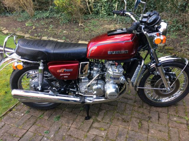 Suzuki GT750 Fully restored