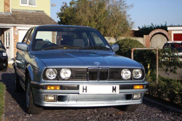 BMW 320i - E30 - low miles (79k)