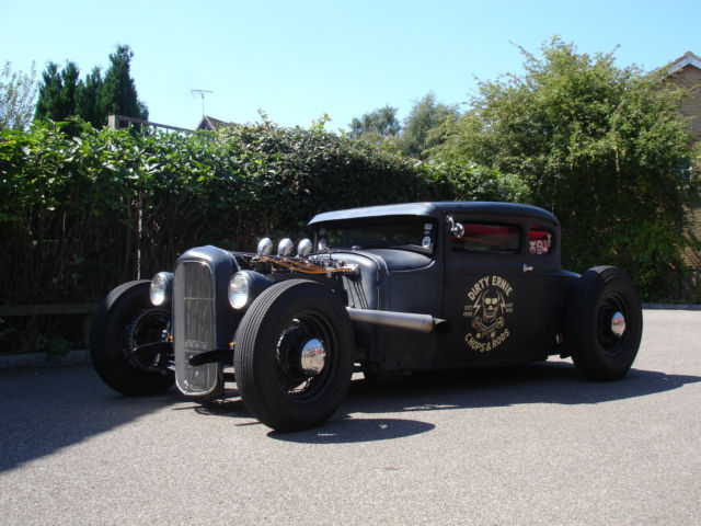 HOT ROD  FORD 1931 MODEL A COUPE