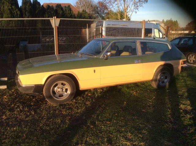 1977 RELIANT SCIMITAR GTE AUTO GREEN/BEIGE