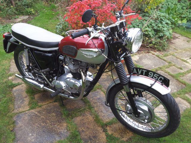 Triumph 1965 6T