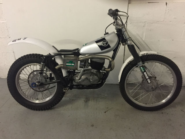 BSA BANTAM 1957 ROAD REGD PRE 65 TWINSHOCK TRIALS BIKE - NIMBLE AND LIGHT !