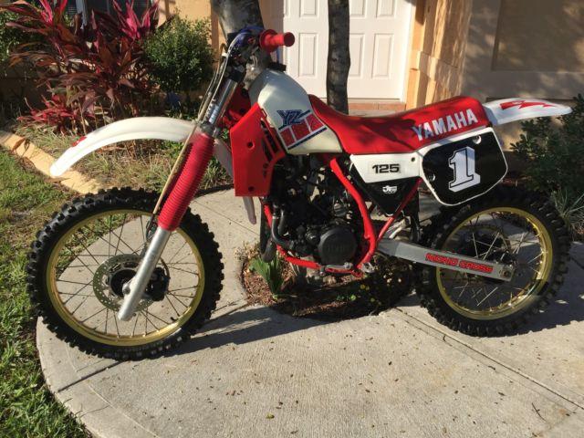 1985 Yamaha YZ 125