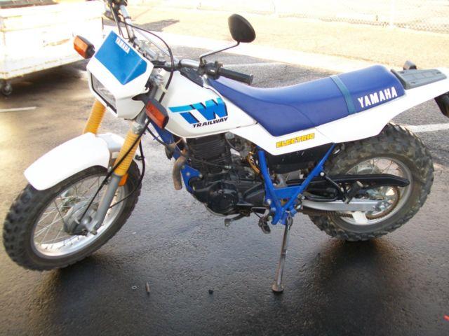 yamaha tw 200 motorcycle