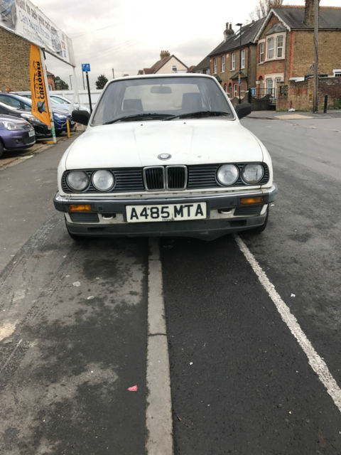 BMW 318i  E30 Manual Saloon 1984 CLASSIC A REG