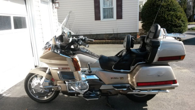 HONDA GOLD WING GL 1500 1988