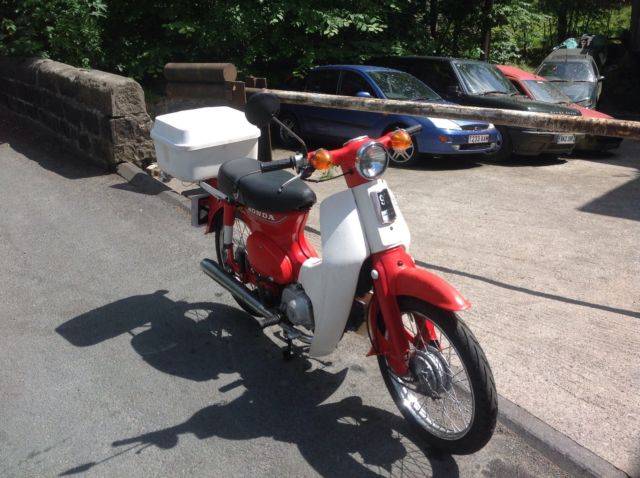 """1983 HONDA C90C RED """"ROUND HEAD LIGHT MODEL"""" VERY LOW MILEAGE ONE FAMILY OWNED"""