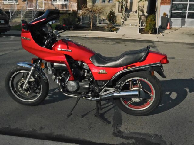 1982 Honda V45 Sabre VF750s with Sport Fairing- Excellent Original Condition!!