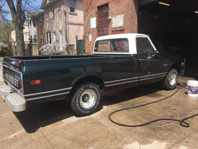 chevrolet C-10 with long bed