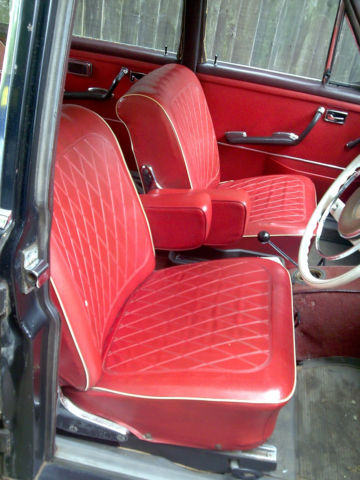 1964 250 s MERCEDES LIGHT RESTORATION REQUIRED CAR RUNS £5000 SPENT LAST RESTRO