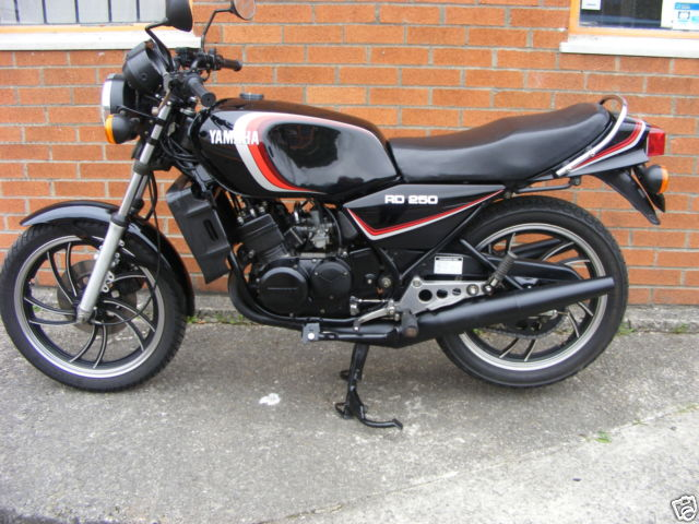 YAMAHA RD250LC 1983 CLASSIC 2 STROKE COLLECTORS ITEM 80'S ICON
