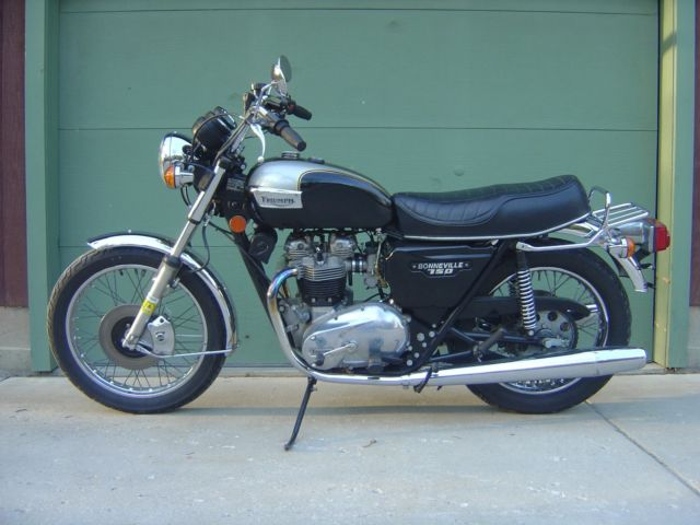 Triumph Bonneville low milage beautiful bike
