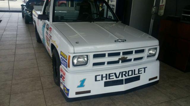 1990 S-10 NASCAR CAMPING WORLD SERIES TRUCK