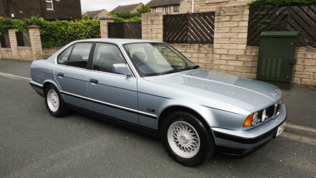 1990 E34 BMW 520 I AUTO SALOON, APPRECIATING RARE CLASSIC