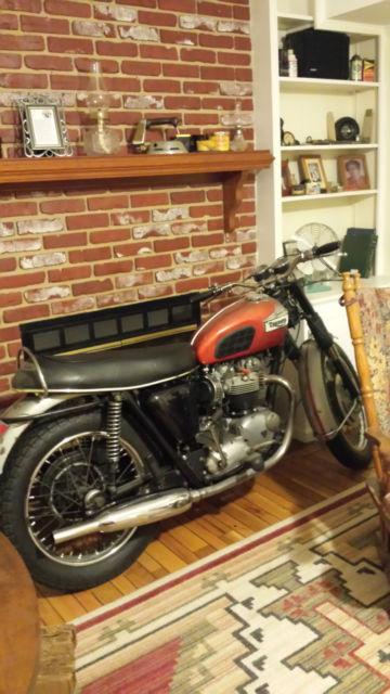 1969 Triumph Bonneville 650 T120R