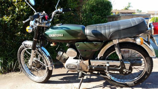 1978 Suzuki a100 vintage motorcycle