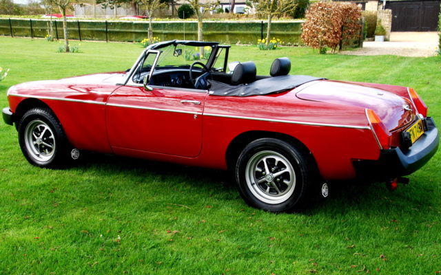 OUTSTANDING MGB ROADSTER NEVER RESTORED & TOTALLY ORIGINAL 19,000 MILES FROM NEW