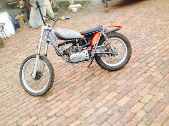 1975 Suzuki RL 250 GRAHAM BEAMISH Design
