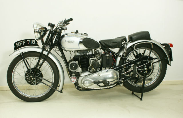 1937 TRIUMPH  T80 SILVER & BLUE, GIRDER FORKS AND RIGID FRAME.