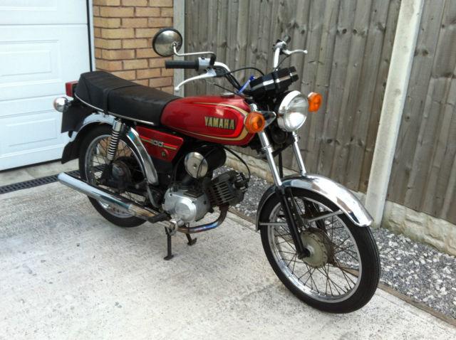 Yamaha YB100