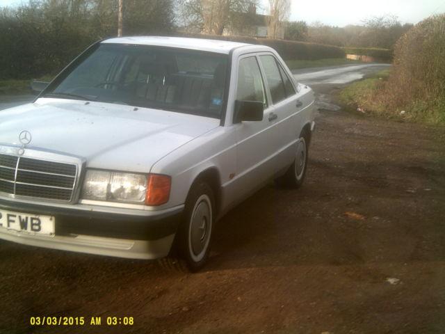 1989 MERCEDES 190E AUTO WHITE