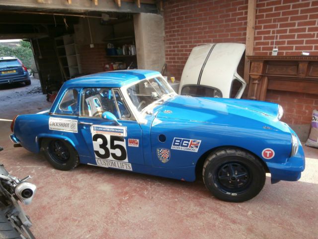 Racing MG Midget - 1500cc