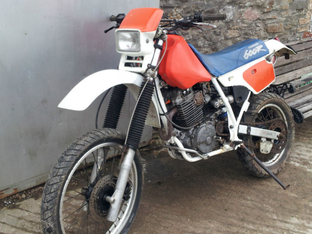 1987 honda xr 600 r red white xr600 for sale llanelli. Black Bedroom Furniture Sets. Home Design Ideas