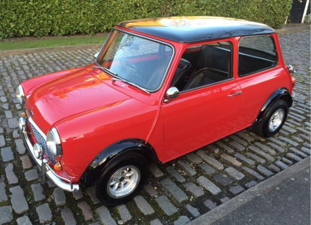 MINI COOPER S MK1 REPLICA RECENTLY RESTORED SUPER CONDITION