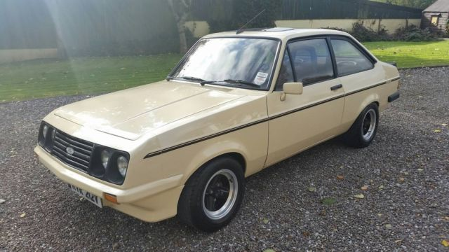 1980 ESCORT RS CUSTOM, RARE SAHARA BEIGE / CHOCOLATE RECARRO'S
