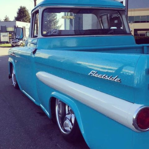 1958 Chevrolet Apache Fleetside SWB Restomod