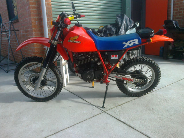 Honda XR 350 1984 Twin Carb BEEN STORAGE 25 YEARS