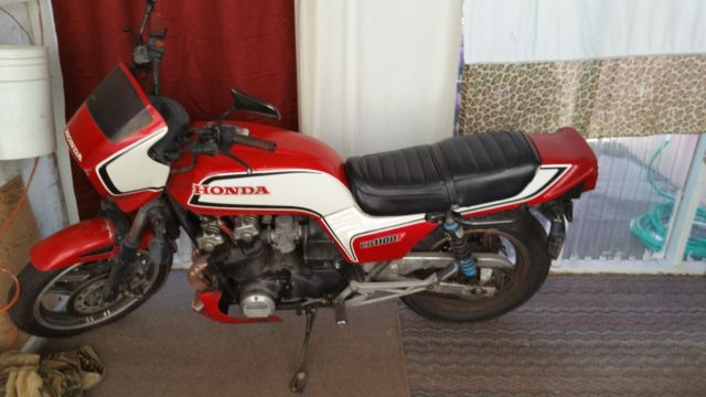 rare 83 cb1100f red and white motorcycle