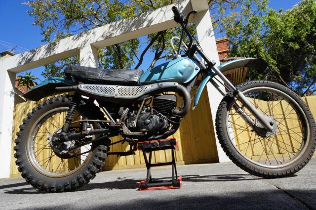 Honda MT125 Elsinore Running
