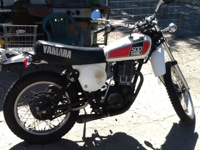 1976 Yamaha XT500 very original nice condition runs and rides great Enduro 500