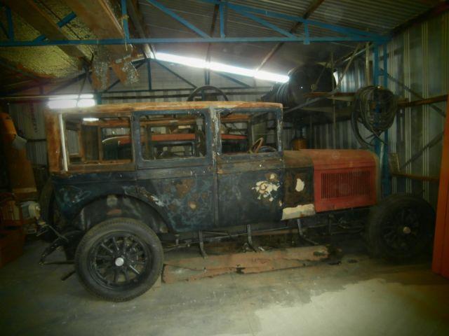 1926 HUPMOBILE MODEL A SEDAN