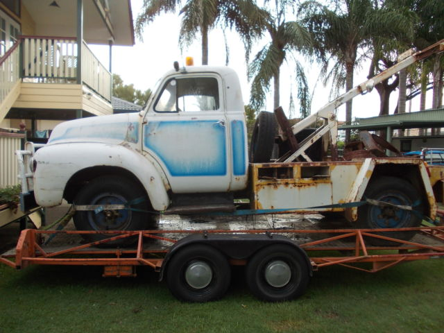 1954 BEDFORD TOW TRUCK, NO RESERVE, HOT ROD, RAT ROD,FORD,1932,1939,1940
