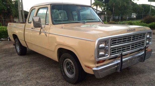 Dodge D17 D100 Pick Up America California 1979