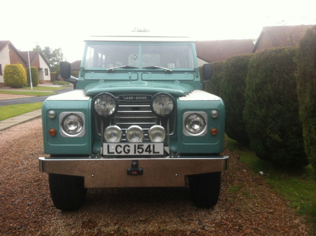 REBUILT LAND ROVER SERIES 3 109