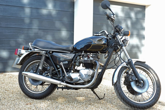 Triumph Bonneville T140 1988 Black Only 6086 Miles