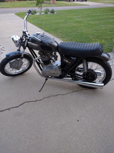 Triumph 650cc