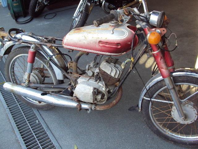 Yamaha LS3 1972 model  100cc vintage motorcycle