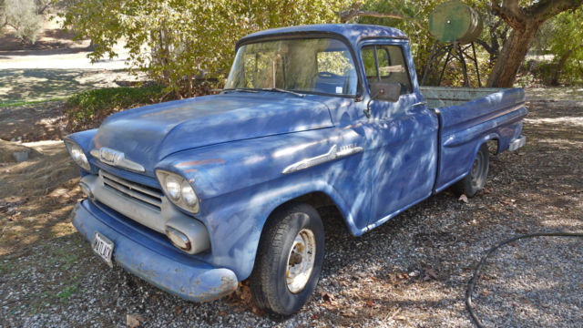 1958 Apache 3200 Fleetside Longbed Pickup