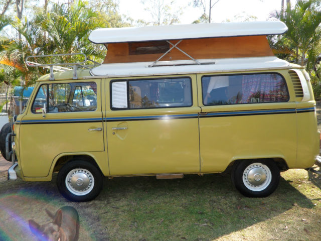 Volkswagen Kombi (1976) Van 4 SP Manual (2L - Carb)