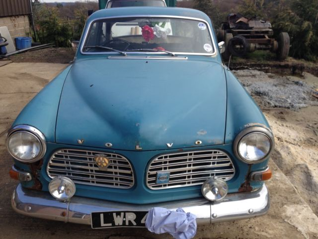 VOLVO 1969 131 2DR COUPE BLUE RUNS AND DRIVES HISTORIC VEHICLE NEEDS RESTROATION