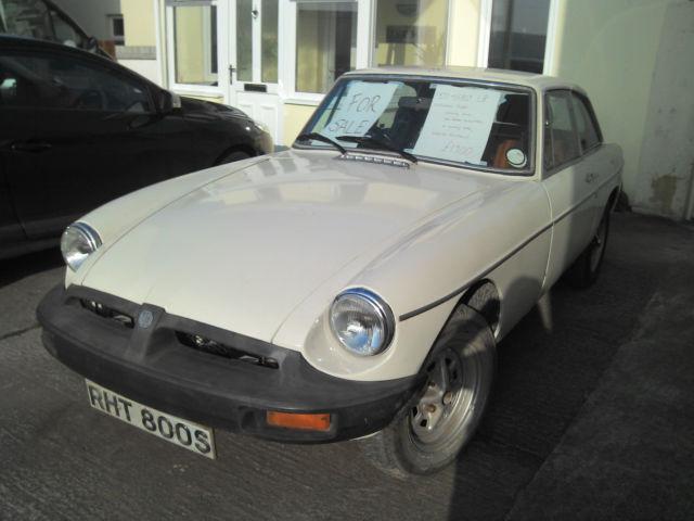 1977 MG B GT WHITE